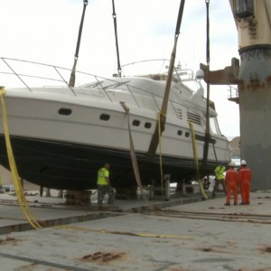 Yacht Transport - United Yacht Transport - Strapping down