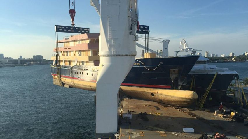 United Yacht Transport Ships 650MT