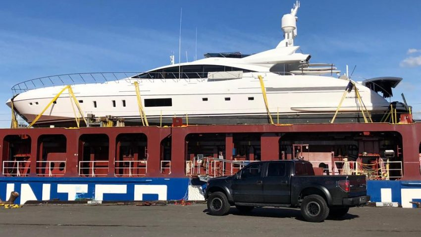 United Yacht Transport - MV Industrial Strength 4